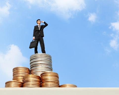 איך להתעשר מעריכת דין